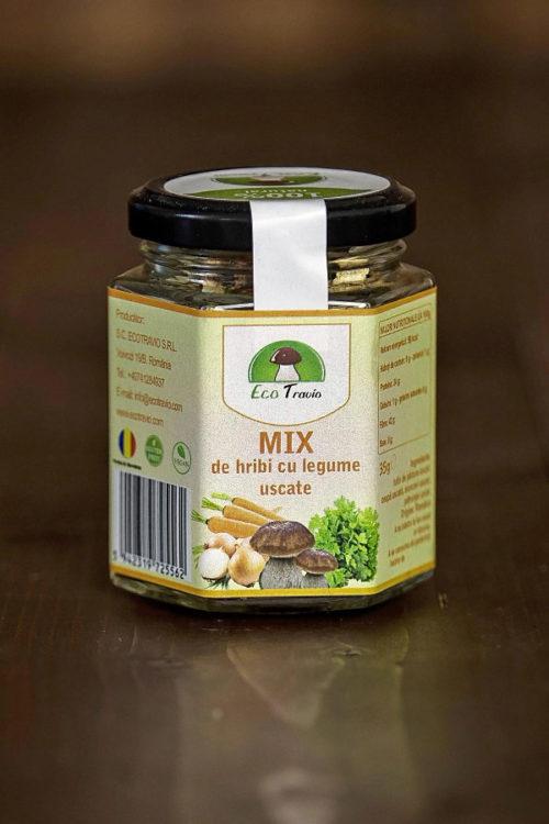 Mix de hribi uscati cu legume